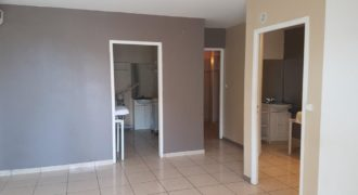Beau local de 45 m2, Saint Pierre