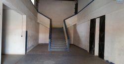 Grand dépôt de deux niveaux avec une surface totale de 1200M2, Ankorondrano