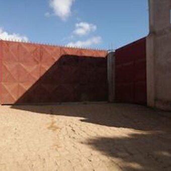 Deux entrepôts de 224M2 sur un terrain de 1700M2, Ambohibao